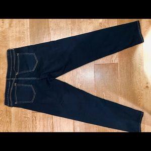 Gap- Cropped DarkWash Jeans size 10
